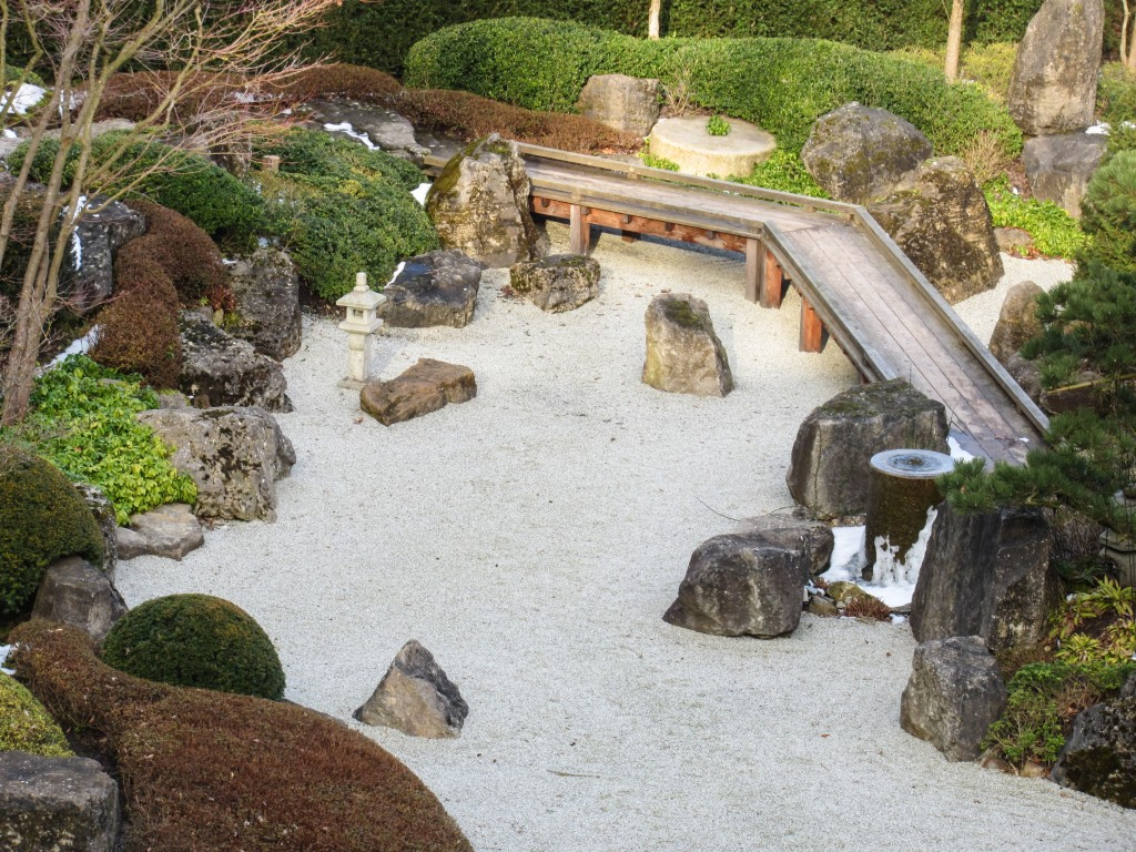 "Zen garden: T'ai Chi learning allows for some structure, and for the rest to ""hang loose"" about the edges"